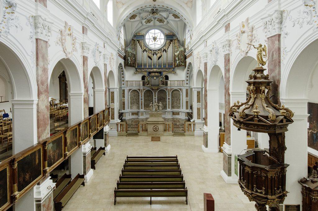 Denkmalpflege und Generalsanierung der St. Anna Kirche Augsburg