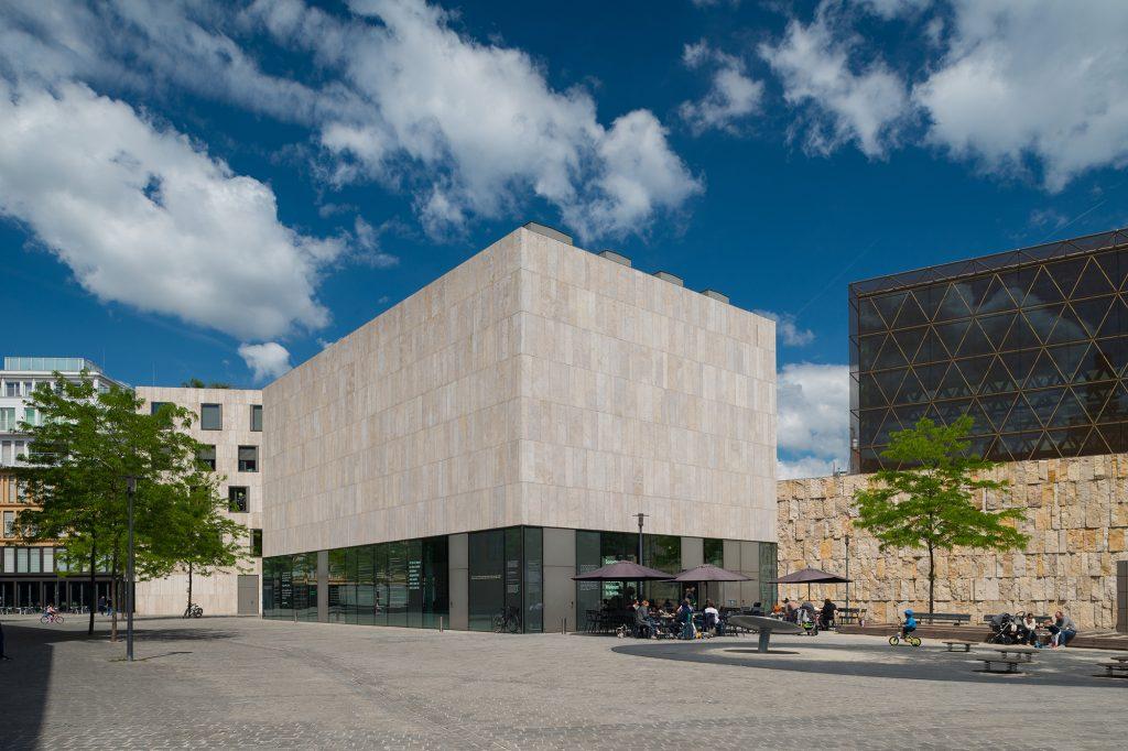 Außenaufnahme des Museumsdepots des Jüdischen Museums München